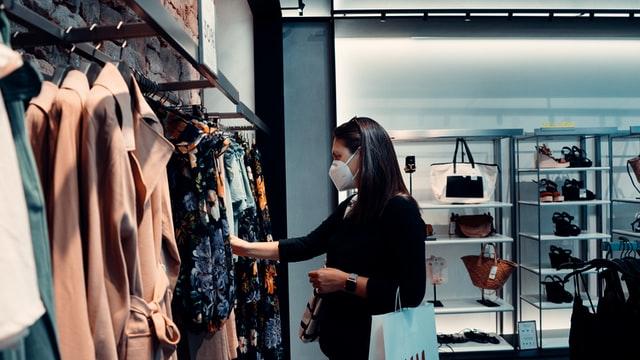 lady wearing mask shopping