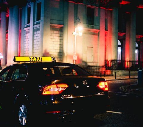 Dublin taxi at night